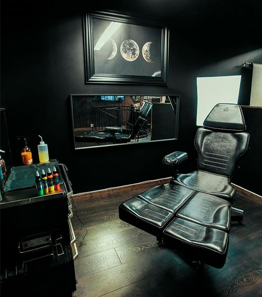 mobiliario para estudio de tatuaje